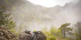 Bikepackingraces en uitgestippelde bikepackingroutes