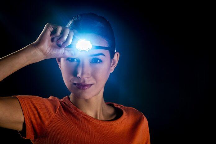 WIN Petzl hoofdlamp IKO Core