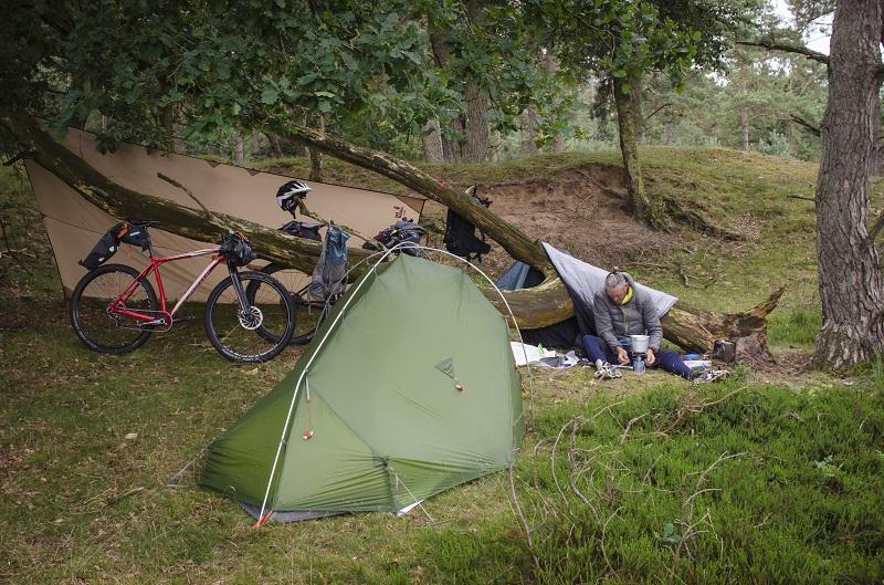 Tips voor extra comfort tijdens het bikepacken