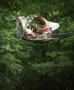Grotten van Han - overnachten in een boomhut