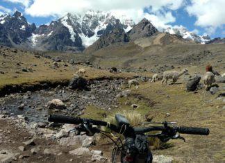 Dwars door Peru mountainbiken met Broederlijk Delen